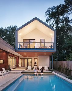 Simple Geometry Shines in Modern Austin Home 10
