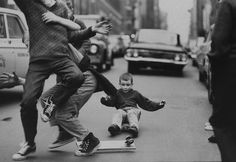 billeppridgeskateboardinginnyc_16.jpeg #b&w #oldschool #skateboard #1960s #york #nyc #new