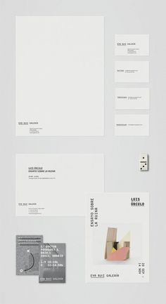 Tres Tipos Gráficos #stationary #print #design #identity #typography