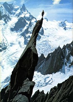 32 Photos That Will Make Your Stomach Drop #mountain #vertigo #height #design #peak #photography #vintage #climbing