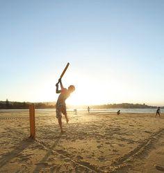 tumblr_lwn6ftiVuq1r5ui5ro1_1280.jpg (1000×1060) #dusk #sunshine #sydney #eftpos #summer #kids #beach #cricket