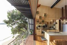 Hart House: Contemporary Interpretation of the One-Room Beach Shack
