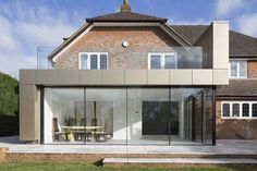 Reigate House by Vita Architecture