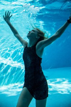 Dennis Andrianopoulos #pool #photography #underwater