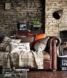 The Black Workshop #interior #design #decoration #deco