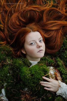 Beautiful and Dreamlike Portrait Photography by Nina Sinitskaya