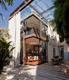 Dezeen » Blog Archive » Glass Loggia House by Allen Jack+Cottier, Vladimir Sitta and Belinda Koopman #steel #outdoors #curtain #mesh #glass #kitchen #roof #patio