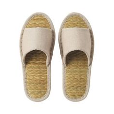 Feel the comfort and breathability of Tatami Slippers, which keep your feet odor-free and fresh.