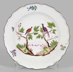 Rare plate with birds of Paradise #Sets #Teasets #Porcelainsets #Antiqueplates #Plates #Wallplates #Figures #Porcelainfigurines #porcelain