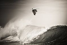 marzo_03_gd.jpg 1,152×768 pixels #white #surf #photo #black #photography #sports #and