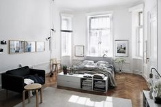 Lotta Agaton: Bedroom love #bedroom #white #bright #storage
