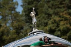 Meadowbrook 2009 Hood Ornaments -- Autoblog #automobile #cadillac #ornament #hood #car