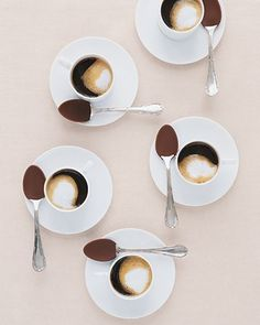 r27 Julr #coffee #grid #cups #saucers