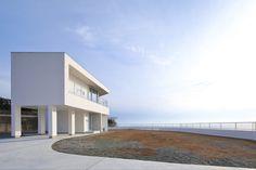 House in Nagashima by Takeshi Ishiodori Architecture