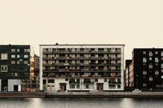 Merde! - Façade, avec Petit-Maître (2010) #architecture