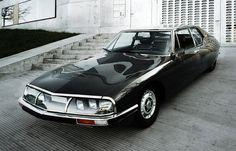 All sizes | Citroen Maserati SM | Flickr Photo Sharing! #design #vintage #retro #car #classic #cool #maserati #citroen #sm