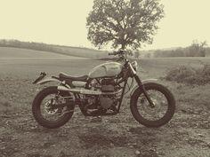 8negro #scrambler #motorcycle #triumph