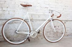 grey frame, grey components, hints of brown #bike #grey