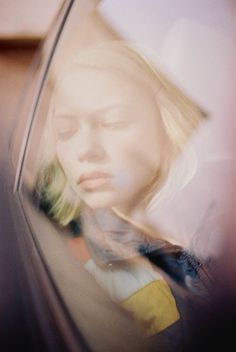 state of the state - Tavi Gevinson #gevinson #tavi #portrait #distortion #reflection #window
