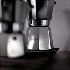 Mocca Bialetti | Flickr: Intercambio de fotos #design #minimalism #photography #coffee #black and white