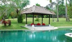 Luxury Bali Villa 3315 is a luxurious 5 bedroom-villa located in the tranquil Canggu area and only 500 meters away from the beach. Book with Villa Getaways.