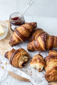 How to make croissants (a step by step guide with .gifs) #food