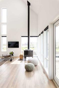 Alberta Modern Farmhouse, Canada / Alloy Homes