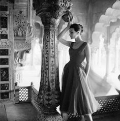 Norman Parkinson - Honeycomb marble at the Red Fort - Photos - Photohab - Photographer's Portfolios #fashion #photography #inspiration