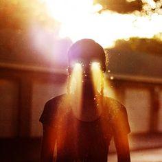 17 Year Old Surreal Photographer: Maria Sardari #lens #photography #flare #art