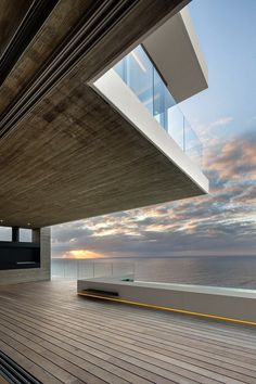 Bantry Bay House Offers Spectacular Ocean Sunsets Views 13