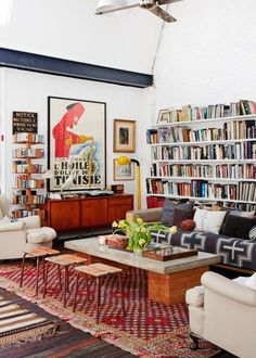 Casa da estilista australiana Lee Mathew #interior #house #designer #sydney #design #retro #decor #home #interiors #furniture #fashion #australia #decoration