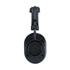 Master & Dynamic MH40 Headphone - Black side #utilitarian #design