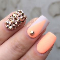 White and melon theme spring nail art design. Combine the bright melon polish with white nail polish to create that fresh look. You can even