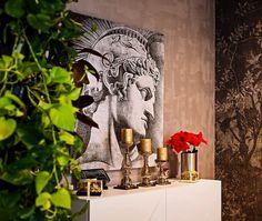 An Elegant Contemporary Style Apartment / Creativ Interior
