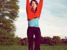 Cálice | Flickr - Photo Sharing! #jetpac #jumping #photography #portrait #rdel #helen #magazine