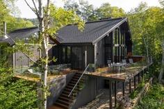 terrace / Cardin Julien