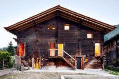 Wooden and Warm House – Fubiz™