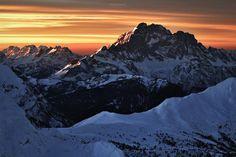 dolomites alps photography nature land landscape outdoor beautiful design inspiration designblog www.mindsparklemag.com