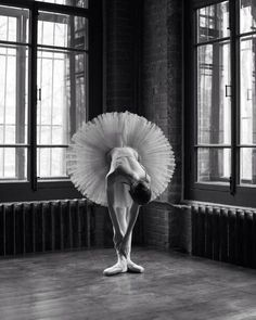 Breathtaking Portraits Of Ballet Dancers by Daria Chenikova