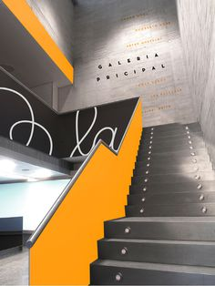 El Museo Del Barrio – signage #stairs #signage #dark
