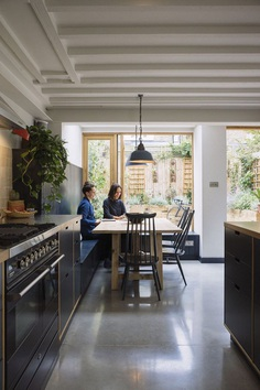 Victorian Vernacular and Contemporary Design: The Curated Home 1