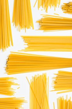 shrimp & asaparagus linguine | designlovefest, photos by leslie grow #white #pasta #yellow #food #gold