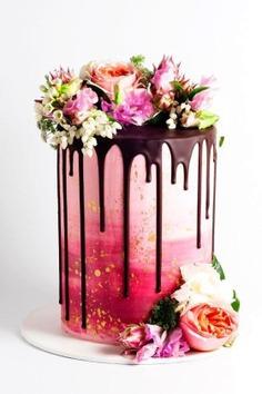 11 Amazing Wedding Cake Designers We Totally Love - cakes,cake images,cake photography,cake photography ideas,cakes,cakes images,cakes recipes,designer cakes,dessert,desserts