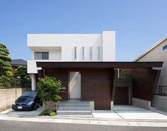 Intriguing Contemporary Residence Elegantly Maximizing Space in Fukuoka, Japan