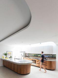Art Deco House Transformed into a Spacious Modern Australian Home 4