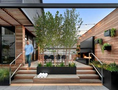 Outdoor Space for Relaxing and Entertaining / dSPACE Studio