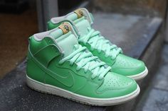 "Nike SB Dunk High ""Statue of Liberty"" 