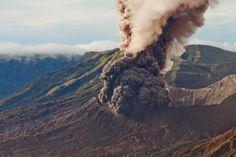 Jonas Eriksson » Every Reason to Panic #eruption #photography #smoke #volcano