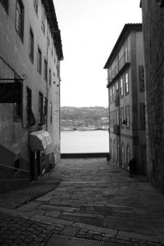 link to my head #white #photograpy #black #and #porto