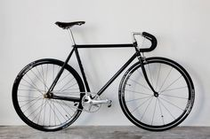 brotherfrance.jpg (1600×1067) #silver #bike #fixie #black